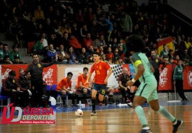 Gran acogida en Úbeda a la Selección Española sub'19 de fútbol sala ante Portugal