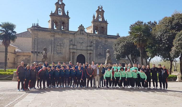 Las jóvenes promesas del fútbol sala peninsular conocen la ciudad de Úbeda