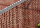 El Ayuntamiento explica que no se podrá realizar la práctica de tenis en dobles y de pádel