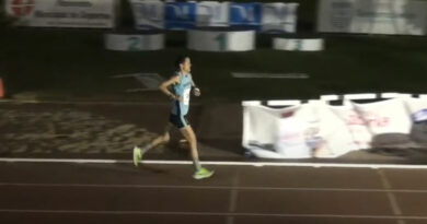Lola Chiclana, subcampeona absoluta de Andalucía en 5000 metros