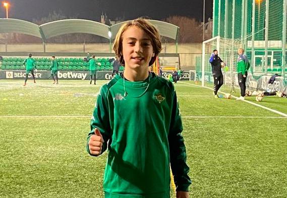 Otro entrenamiento de Mario Barella con el Real Betis