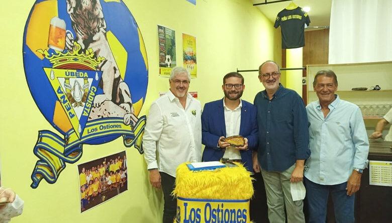 Inaugurada la sede de la Peña Cadista 'Los Ostiones'